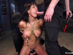 Huge mammaries Latina confined up 3some sex pounded