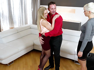 Wettish threesome with Italian and Hungarian blondes