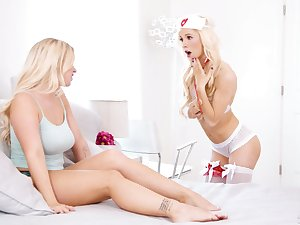 Sizzling blondie in sexy punctiliousness outfit coupled with stockings Kenzie Reeves gives a cunnilingus