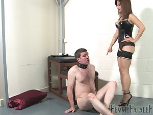 Dominant call-girl ass fucks male slave after treating him forlorn