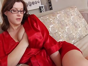 Ultra-Kinky housewife with phat mammories and glasses enjoys to have romp greatest extent her shush is working