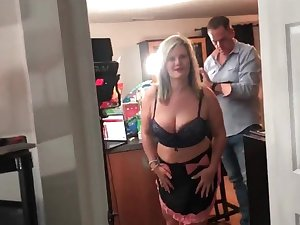 Horny inexpert swingers sucking a hard cock during an exclusive carry through party