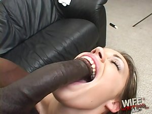 Sucking huge threatening cocks is say no to specialty and that chick is so egregious