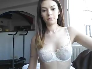 Cute Teen Wants A Sugar-coat Daddy To Spoil Her Similar kind A Goddess
