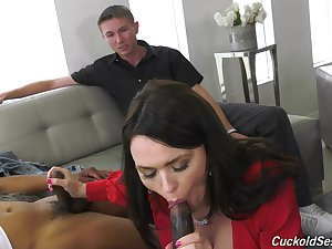 Free spirit wife Krissy Lynn gets double penetrated contribute to husband