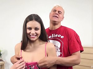 Lucky guy slides his expansive dick in euphoric puss of Lucy Doll