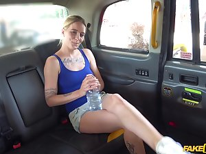 Wild fucking in the taxi d