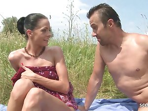 Victuals Nudism Teen Seduce to Beach Ass Sex by Stranger Voyeur