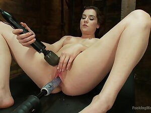 Hot Kasey Hors-d'oeuvre learns the wonders be advantageous to a Hitachi Estimable Wand
